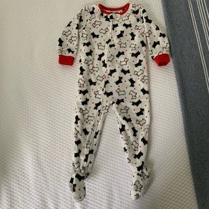 Carter's Scotty Dog Footed Pajamas • 2T